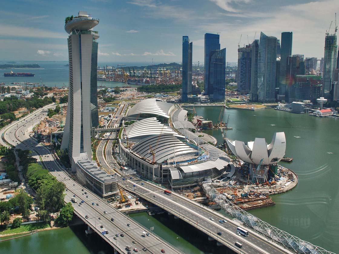 Free & Easy Singapore
